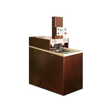 Полуавтомат выдува ПЭТ бутылок и флаконов ПВ3-600